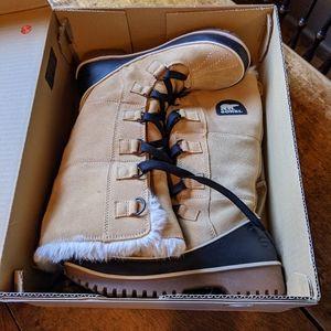 Sorel Tivoli High II Boots. EUC.